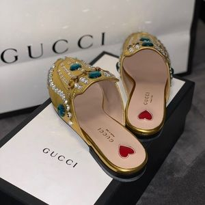 Last 📞 price ⬇️ 🔥GUCCI🔥 gold Princetown loafers